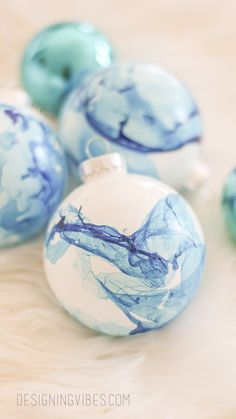 Easy Marbled Christmas Ornaments DIY - Cheap Holiday Crafts