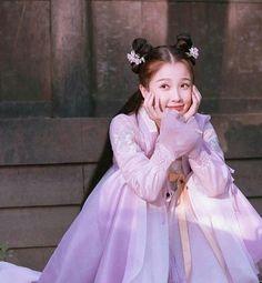 Tori Tori, Asian Style Dress, Chinese Traditional Costume, Best Boyfriend, Cute Girl Photo, Chinese Actress, My Little Girl, Ulzzang Girl, Asian Fashion