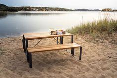 Sundays Core Spisebord sett komplett med to benker og et bord - Fine Design Pool Furniture, Furniture Design, Outdoor Furniture, Outdoor Decor, Sofa Tables, Sofa Chair, Fireplace Set, Pot Lights, Dining Bench