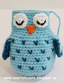 Owls and balls decoration for baby carriage by Svarta Huset! – Stitches and Supper Crochet Lovey, Crochet Amigurumi Free Patterns, Crochet Bunny, Crochet Patterns Amigurumi, Yarn Projects, Crochet Projects, Crochet Baby Mobiles, Crochet Books, Baby Carriage
