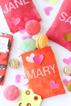 diy dyed fabric gift bags for valentine's day
