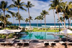If you're planning a Hawaiian honeymoon, you want to ensure you choose a hotel or resort that embodies the state's laid-back, romantic vibe. Here, we rounded up the best honeymoon resorts in Hawaii. Now all you need to do is find a way to pick just one. Best Honeymoon Resorts, Hawaii Resorts, Dream Vacations, Hawaii Vacation, Hawaii Travel, Florida Resorts, Hawaii Honeymoon, Honeymoon Ideas, Hawaii Wedding