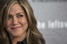 Jennifer Aniston won't have Botox and feels comfortable without make-up - Mirror Online Jennifer Aniston Baby, Celebrity Branding, Jada Pinkett Smith, Baby George, Celebration Quotes, Ellen Degeneres, George Clooney, Kate Hudson, Reese Witherspoon