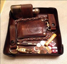 Custom Leather Wallet Blog - Leather Blog Page 7 | Anvil Customs