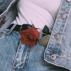 Imagem de rose, red, and aesthetic