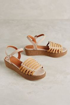 www.anthropologie& & sofia dabrowski www.anthropologie & & sofia dabrowski The post www.anthropologie & & sofia dabrowski appeared first on Patricia Timko. Leather Sandals, Women's Shoes Sandals, Pumps Heels, Sandals Platform, Flat Shoes, Designer Pumps, Anthropologie, Summer Shoes, Summer Sandals