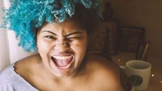 5 ideal reasons to dye your hair a crazy colour at least once in your life Frizzy Hair, Hair A, Your Hair, Scene Hair, Sisterlocks, Flat Twist, Natural Hair Growth, Natural Hair Styles, Hair Growth Products