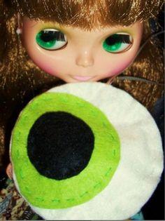 Green Beautiful Blythe Big Eye Felt Ornament Felt Ornaments, Big Eyes, Goodies, Embroidery, Green, Handmade, Beautiful, Jewelry, Sweet Like Candy