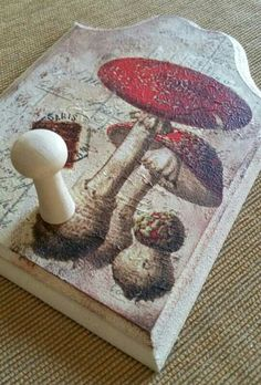 decoupage on a wooden hook Decoupage, Rugs, Home Decor, Farmhouse Rugs, Decoration Home, Room Decor, Home Interior Design, Rug, Home Decoration