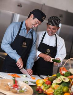 You can even train with us to become a gourmet #raw food chef: http://fivelements.org/en/cuisine/culinary-trainings
