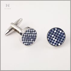 HULBER mother-of-pearl cufflinks Pearls, Accessories, Clothes, Outfits, Clothing, Beads, Clothing Apparel, Beading, Kleding