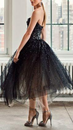 Retro Style | Little Black Dress. skirt style, retro styles, man hair, fashion chic, fashion boards, splendid sass, sparkly dresses, little black dresses, red black