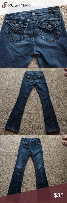Silver Jeans Good condition. Slight frays on the bottom. They have an inseam of 32. If you have questions, just ask (: Silver Jeans Jeans Boot Cut