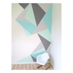 Geometrische Wandfarbe Geometrische Wandfarbe The post Geometrische Wandfarbe & Kinderzimmer appeared first on Geometric decor . Diy Wand, Bedroom Wall Designs, Bedroom Decor, Boys Bedroom Paint, Geometric Wall Paint, Geometric Decor, Room Wall Painting, Painting Patterns, Wall Paint Patterns