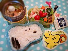 先日のお弁当、前の日の中華丼をスヌーピーにかけて召し上がれ(*˘︶˘*).。.:*♡ - 71件のもぐもぐ - 息子弁当、中華丼♡ by yutto828