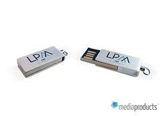 Pen USB produzida para a agência LPM.