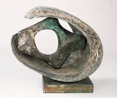 Barbara Hepworth - Curved form with inner form (Anima), 1959