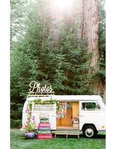 Louer une voiture vintage pour servir de décor au photobooth jardin mariage pinterest déco