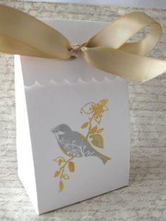Charming favor/gift box