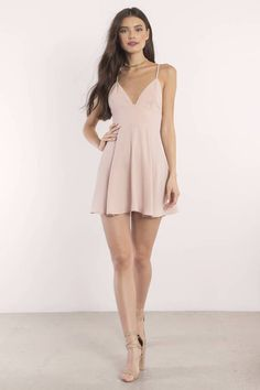 Shop Fit and Flare Skater Dresses at Tobi. Whether it's a white lace skater dress, black long sleeve or red skater dress - find it here. Off First Order! Hoco Dresses, Dresses For Teens, Spring Dresses, Homecoming Dresses, Sexy Dresses, Fashion Dresses, Formal Dresses, Wedding Dresses, Corset Dresses