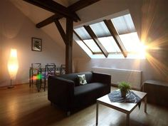 80m2 Holiday Apartment in Prague for 8 people in the trendiest area of the city. + apartments in Prague in www.apartmentdistrict.com/en/prague-apartments