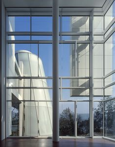 Richard Meier Celebrates Fifty Years of Architecture #white #glass #column