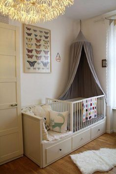 mäuschens neues zimmer new room The big bed was already there and for an additional cot is in the room no place. So the solution had to be . The post mice new room appeared first on baby room ideas. Girls Bedroom, Baby Bedroom, Baby Room Decor, Nursery Room, Girl Room, Room Baby, Ikea Baby Room, Child's Room, Ikea Hemnes Daybed