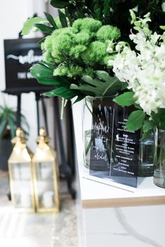 BE MY VENABLES - Rebel Reflect An urban chic affair, CLAIRE + BRETT pulled off a sweet black, grey and gold link paired boldly with green foilage. Wedding Story, Wedding Ideas, Flower Invitation, Grey And Gold, Urban Chic, Bar Signs, Sparklers, Big Day, Claire