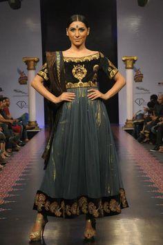 Indian/Pakistani Fashion