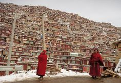 Seda Larong Wuming Tibetan Buddhist Institute #02 in Seda County, Ganzi Tibetan Autonomous Prefecture, Sichuan Province, China.