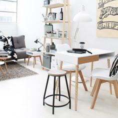 Deze witte eetkamerstoel van loods 5 vind ik echt super mooi! Past perfect in een Scandinavisch interieur :)