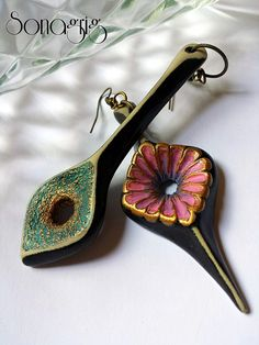 ''Flickr'' earrings