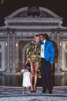 The Knowles-Carters -- um hi Blue Ivy, Diva Extraordinaire