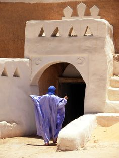 Berber - One of the door along the wall of the Berber village of Ghadames