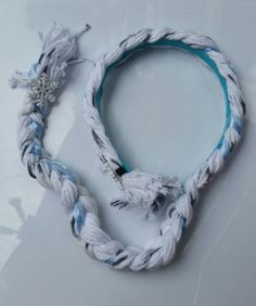 Check out this item in my Etsy shop https://www.etsy.com/listing/235508316/frozen-elsa-hair-headbands-great-gift