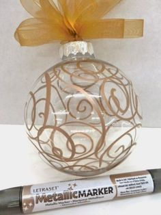 Easy Christmas Ornament Mettalic Marker