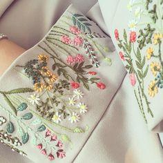 Empress Garden  #handwork #embroidery #details #CoutureCaftan #21technique
