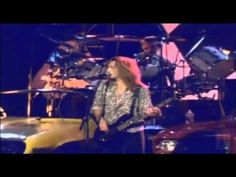 FOREIGNER - 'Waiting for a girl like you' (1981) HD and HQ