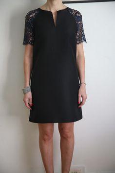 My Xmas frock (a.a the raglan rocks again) Simple Dress Pattern, Shift Dress Pattern, Dress Patterns, Diy Fashion, Fashion Dresses, Fashion Tips, Simple Dresses, Nice Dresses, Shift Dresses