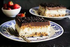 klasiko_biskotoglyko_psygeiou Party Desserts, Dessert Recipes, Cookbook Recipes, Cooking Recipes, Greek Sweets, Sweet Corner, Sweet And Salty, Greek Recipes, Frozen Treats