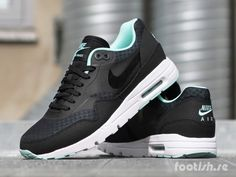 low priced cb461 e86ff Nike Wmns Air Max 1 Ultra Essentials  Footish
