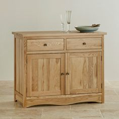 The Cairo Natural Solid Oak Small Sideboard is petite but perfectly formed and would be ideal in a smaller dining space.