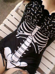 Awesome skeleton one-piece. I'd love to have this for next summer!~~~Want this so bad~~~