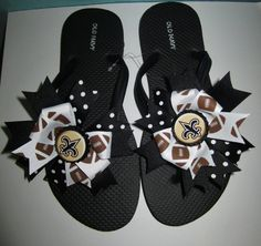 Cute!! New Orleans Saints Bow Flip Flops by laceeeyb88 on Etsy, $10.00