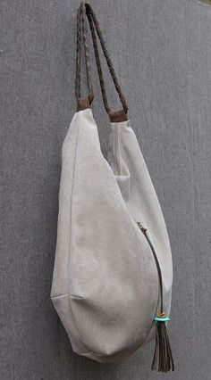 stone cnvas and Leather Tote Extra Large Handbag por RuthKraus