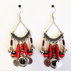 Boucles d'oreilles perles en papiers Jewelry, Fashion, Ears, Boucle D'oreille, Locs, Projects, Moda, Jewlery, Jewerly