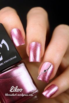 Accent nail art #nail #nails #nailart