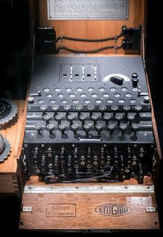 Enigma -Die Deutsche U-boat Waffe-