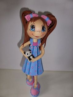 Fofuchas Anneta Fofucha personalizada con coletas y vestido.