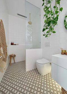 20 Surpirising Apartment Bathroom Renovation Design Ideas To Try Asap Diy Bathroom, Ensuite Bathrooms, Bathroom Renos, Bathroom Layout, Bathroom Interior Design, Bathroom Renovations, Bathroom Faucets, Remodel Bathroom, Bathroom Cabinets